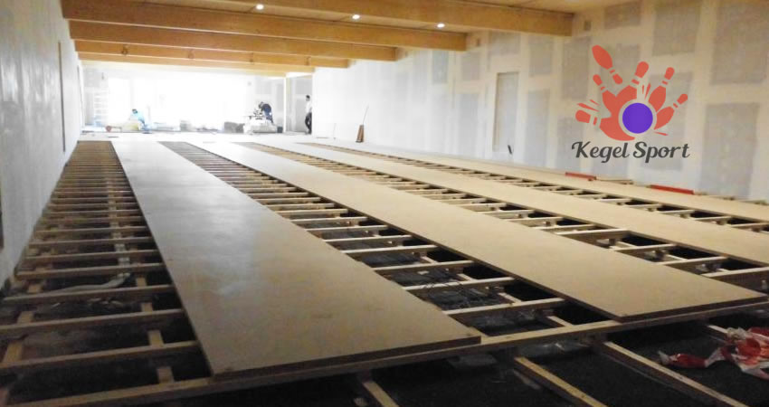 Construction of bowling lanes